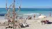 Decoración en chiringuito de playa en Es Copinyar Formentera