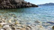 Playa de guijarros en Cala Na Llóbriga