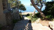 acceso a la playa por escalera