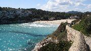 playa grande poco rocosa