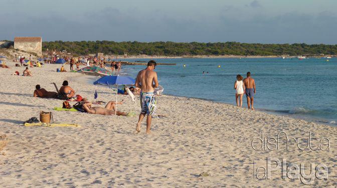 trenc nudist beach Es