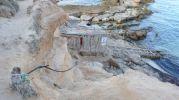 Escalera de acceso al Caló d'es Mort