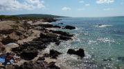 Zona rocosa antes de llegar a la playa