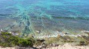 Caló d'es Mort en la desembocadura del Torrent d'es Arbocers