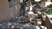acceso por la escalera a la playa