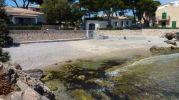 playa bastante pequeña