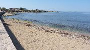 playa con poca anchura