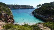 preciosa agua color turquesa